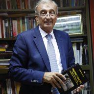 Čedomir Čupić-profesor fakulteta političkih nauka